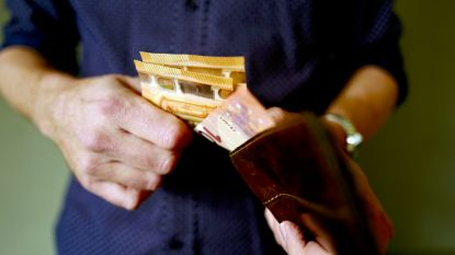 Belgisch gezin betaalt jaarlijks gemiddeld 1.716 euro aan verzekeringen. Zo kan het goedkoper