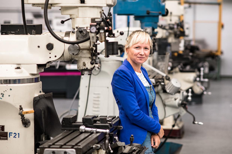 Christine Hannes (42), directrice van de GO! Spectrumschool in Deurne. Beeld Tine Schoemaker