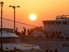 Migrants asphyxiés en Méditerranée: 8 passeurs présumés arrêtés
