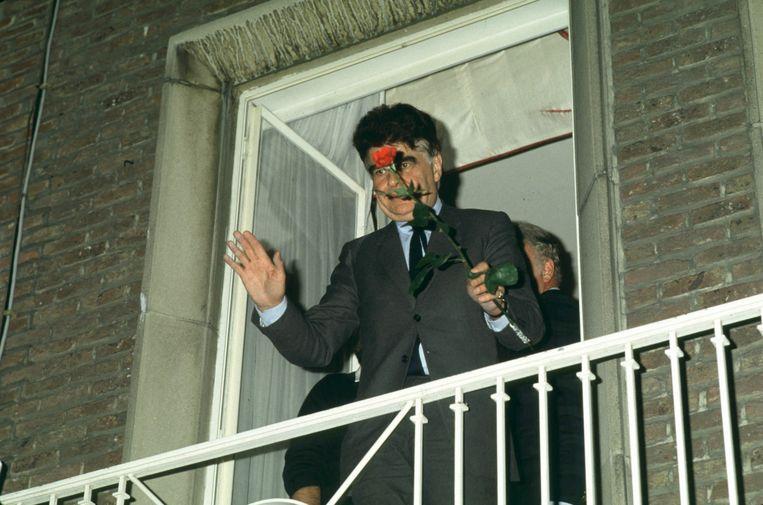 Burgemeester Guy Cudell net na zijn ontvoering in 1984. Beeld Photo News