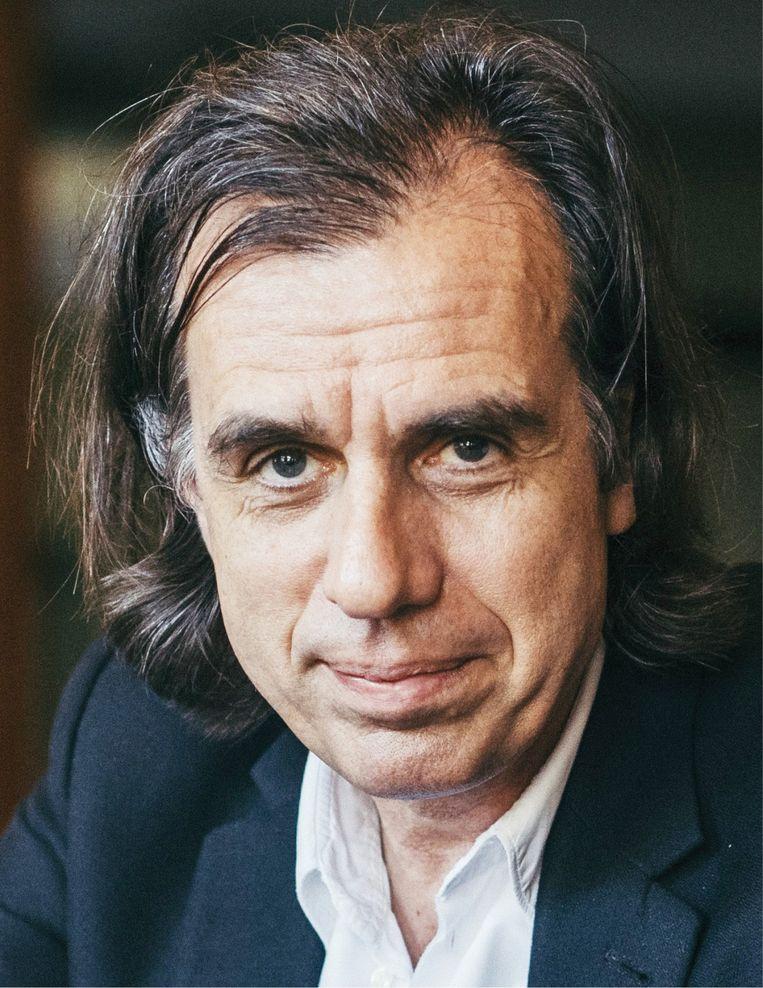 Psychiater Dirk De Wachter: 'Andere mensen kunnen aanraken, is fundamenteel voor ons welbevinden.' Beeld