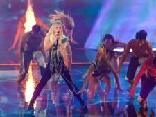 Davina Michelle scoort meteen nummer 1-hit na spectaculair optreden bij songfestival