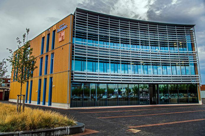 Het gemeentehuis van Zuidplas in Nieuwerkerk aan den IJssel.