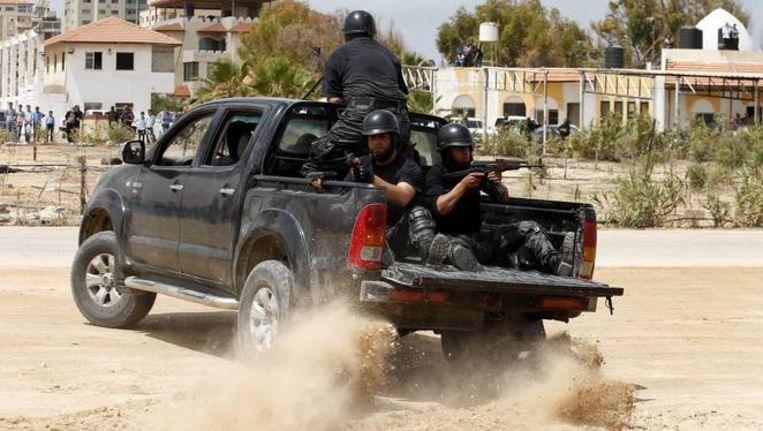 Veiligheidstroepen van Hamas in Gaza-stad. Beeld REUTERS