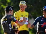 Tourwinnaar Pogacar tijdens speech op Champs-Élysées: 'Nee, ik ga hier niet huilen'