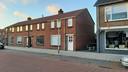 Een woning aan de Kruissteenweg in Wierden is verzegeld in verband met het onderzoek naar de dood van de 14-jarige Lotte