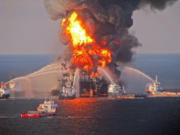 Blusboten konden niet verhinderen dat het boorplatform Deepwater Horizon zonk en een enorme milieuramp veroorzaakte.