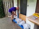 Ed Steiger heeft de toegangen naar zijn huis waterdicht gemaakt.