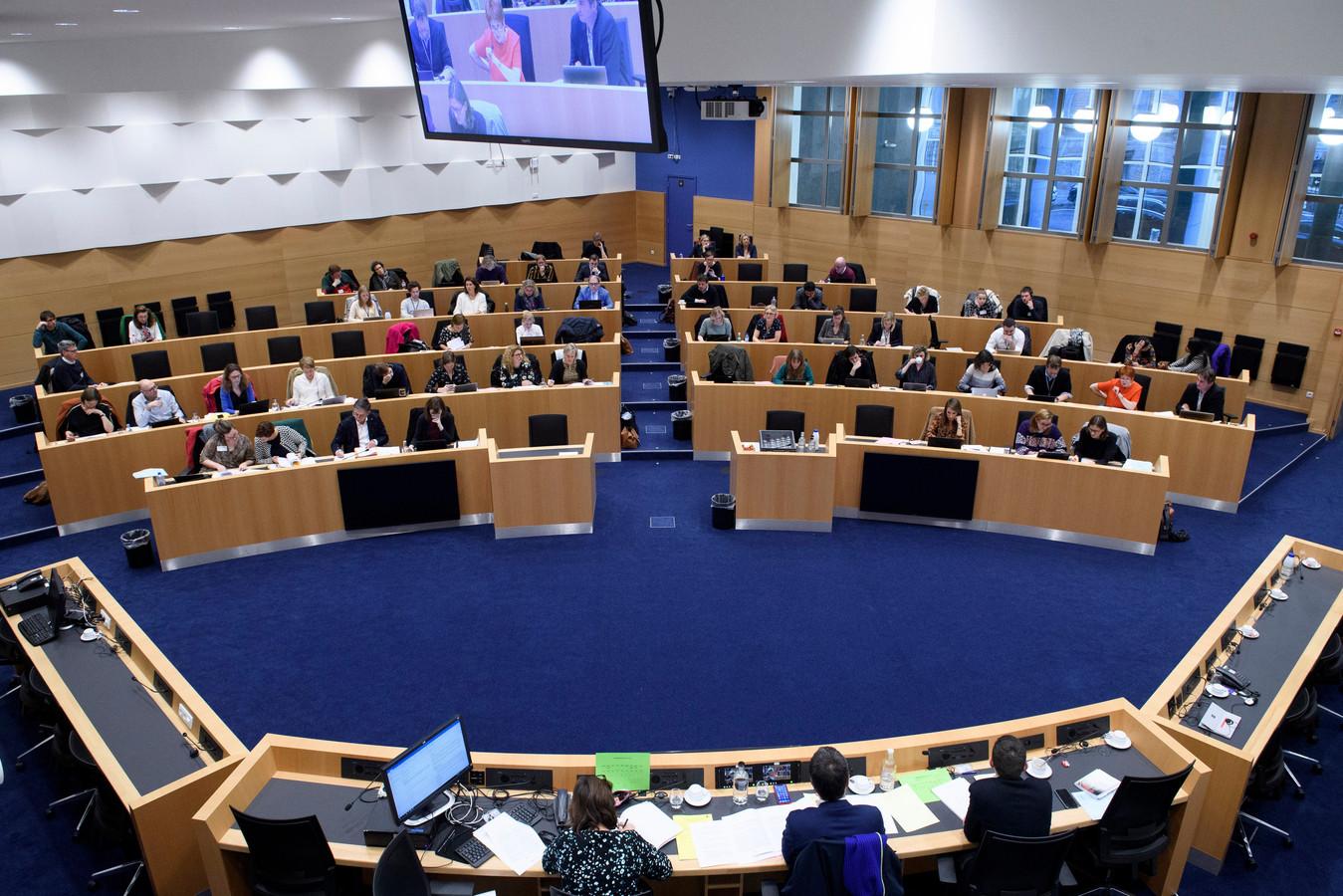 Commission de la Justice. Propositions de loi sur la dépénalisation de l'avortement.