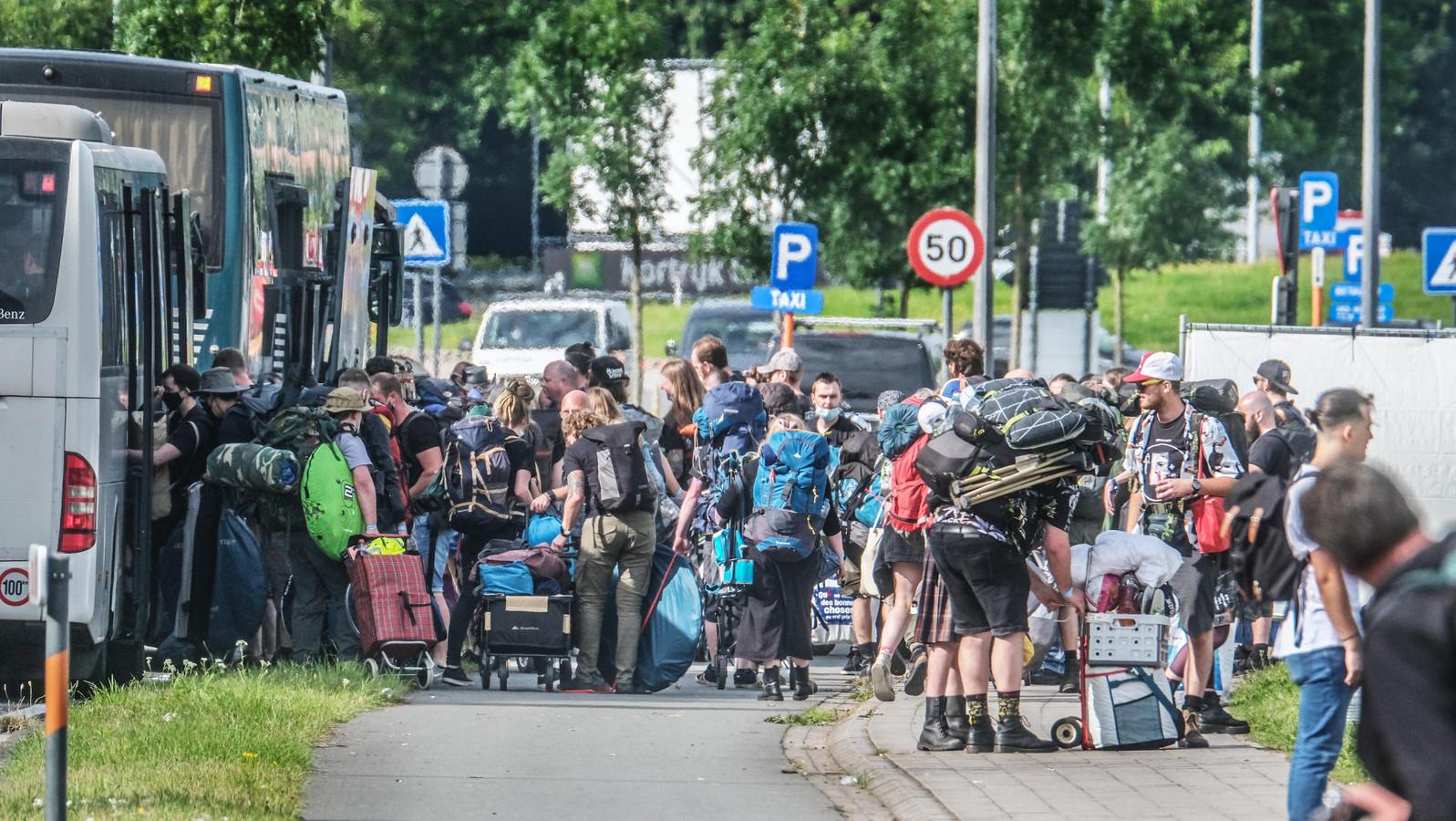 Veel meer mensen zullen via de pendelbussen naar de Lange Munte afzakken.