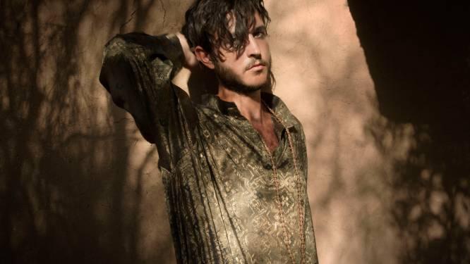 Na drie jaar stilte: Oscar And The Wolf kondigt nieuwe muziek aan