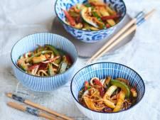Wat Eten We Vandaag: Tjap tjoy met zoetzure saus