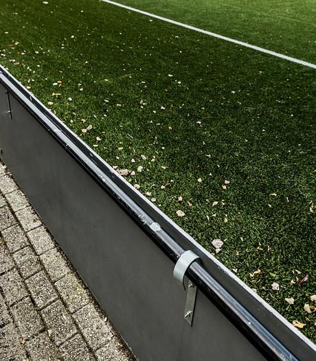 Baarn verwijdert rubbergranulaat van kunstgrasvelden