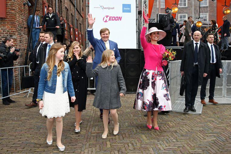 Máxima in dezelfde jurk op Koningsdag in 2016 Beeld Getty Images