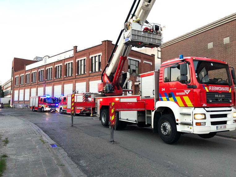 De brandweer rukte met man en macht uit en had de brand snel onder controle.