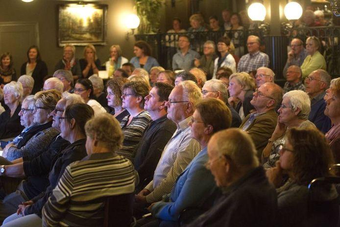Eerdere bijeenkomst van dieet-avond van de artsen in Leende. foto Kees Martens