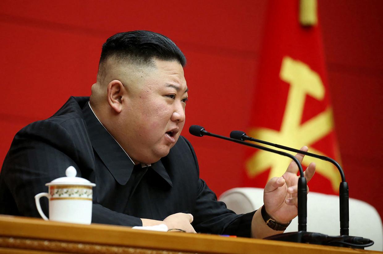 Kim Jong-un staat de Noord-Koreaanse pers te woord, begin maart eerder dit jaar. Beeld AFP