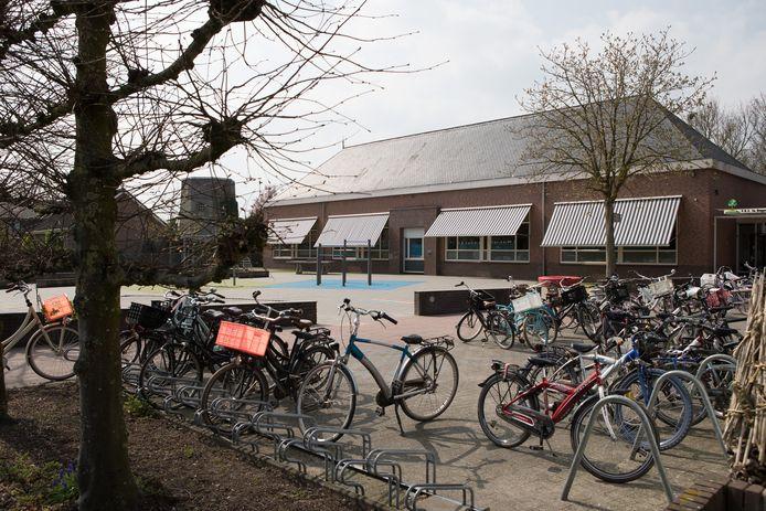 De Bongerd in Boerhaar is een van de scholen die gaat verdwijnen als het kindcentrum in Wijhe in 2024 in gebruik wordt genomen (archieffoto).