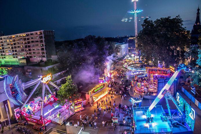 De 'vakantiekermis' (van vrijdag 16 tot en met zondag 25 juli) is qua opzet en aantal attracties ruimer dan de 'corona-editie' van 2020, maar minder ruim dan een normale kermis.