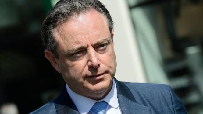 """Moet cocaïne legaal worden? Bart De Wever acht het theoretisch mogelijk, maar blijft """"hartstochtelijk tegenstander"""""""