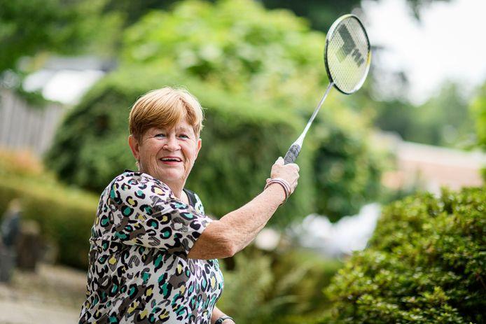 Rieky Houthuijse is de oprichter van de badmintonvereniging (onderdeel van SVH). Na 35-jaar stopt ze ermee.