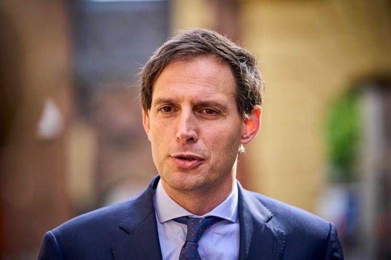 Minister Wopke Hoekstra van financiën (CDA) komt aan op het Binnenhof voor de wekelijkse ministerraad. Beeld ANP