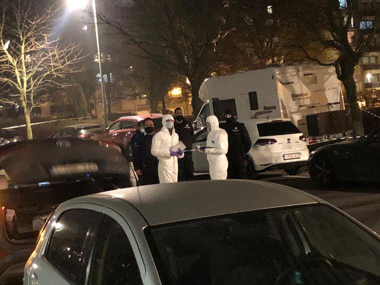 Moord in Molenbeek: een onderzoek loopt. Beeld Marc Baert