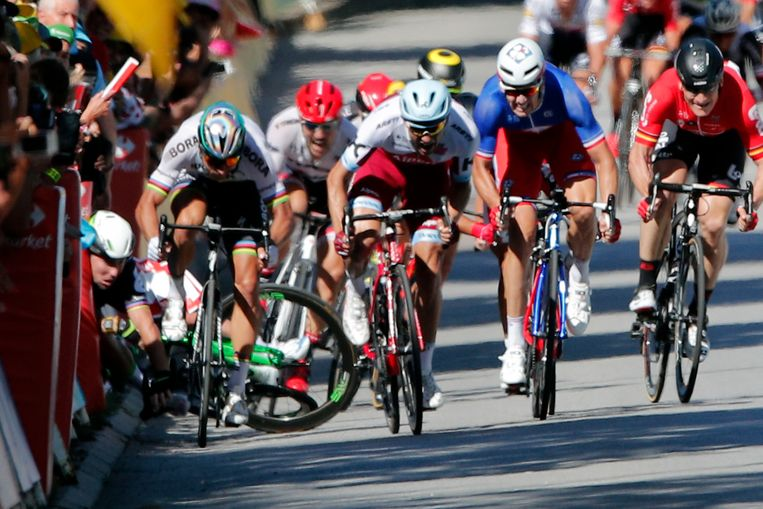 Peter Sagan en een vallende Mark Cavendish. Beeld AP