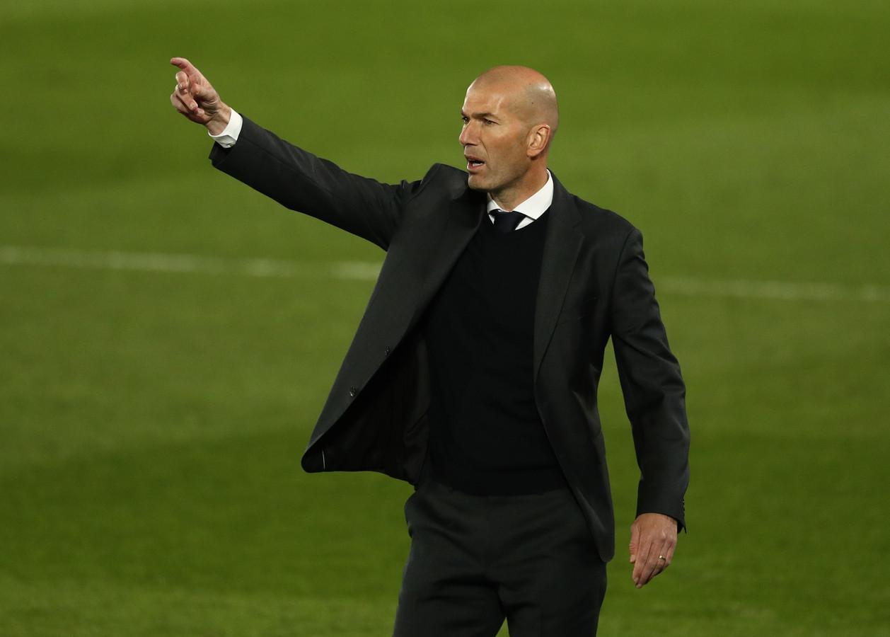 Real Madrid-trainer Zinédine Zidane kan 'gewoon' beschikken over Marcelo in het uitduel met Chelsea.