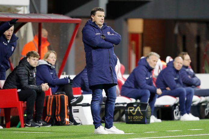 John Stegeman afgelopen zaterdag tijdens FC Emmen - PEC Zwolle (3-2), waarna hij werd ontslagen.