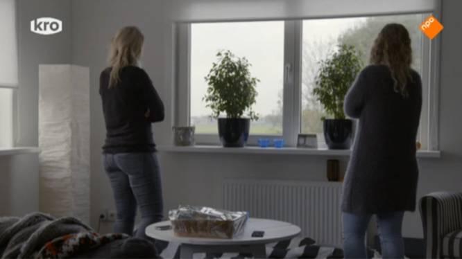 'Rimke en Lotte kijken naar boer Tom: Als hij haar maar niet zoent'