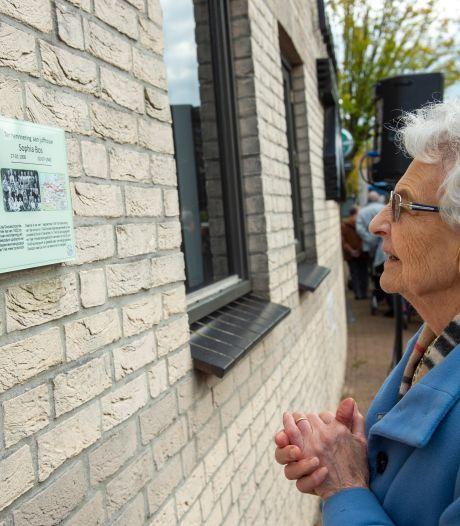 Diepenveen eert - eindelijk - geliefde lerares basisschool: 'Schok dat juf Sophia dood was'
