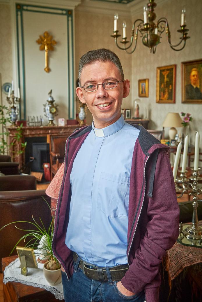 Pastoor David van Dijk.