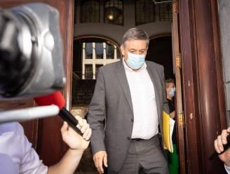 "Jambon: ""Mondmaskers en sociale afstand loslaten op 1 september"""