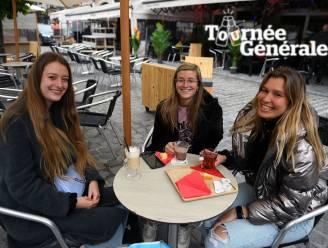 """Tournée Générale: REPORTAGE De grote drukte blijft nog even uit in Leuven maar dat maakt het niet minder gezellig: """"Eerst koffie want we willen doorgaan tot 22 uur"""""""