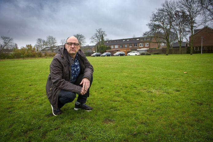 Eric Leenderts vocht met andere bewoners van de Brummense Sperwerstraat tevergeefs de bouw van zestien woningen aan
