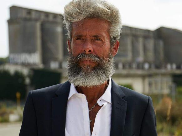 Xavier (51) werkte al als model voor een advertentie en speelde mee in een korte film.
