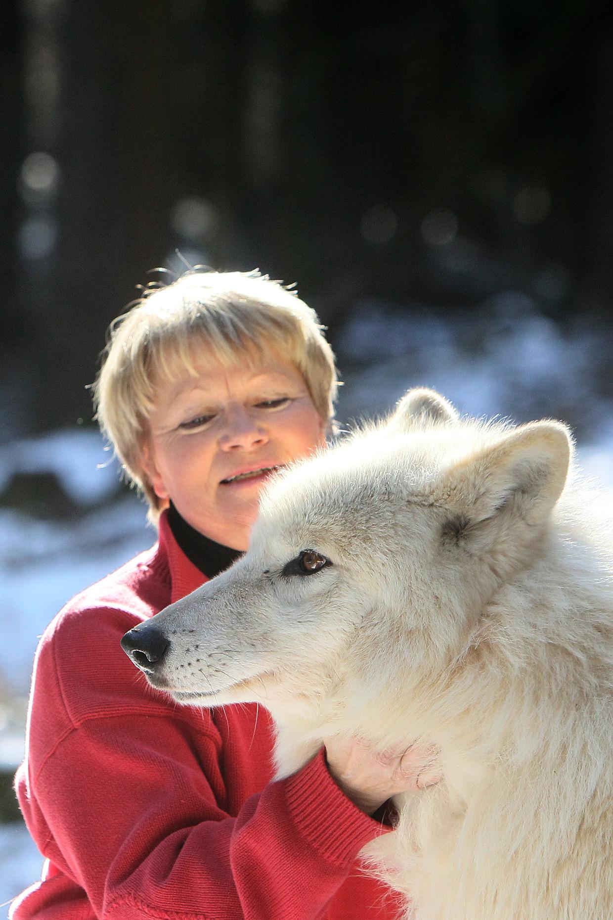 Elli Radinger: 'Wolven zijn goed voor de ecologie, ze bewaken het evenwicht.'