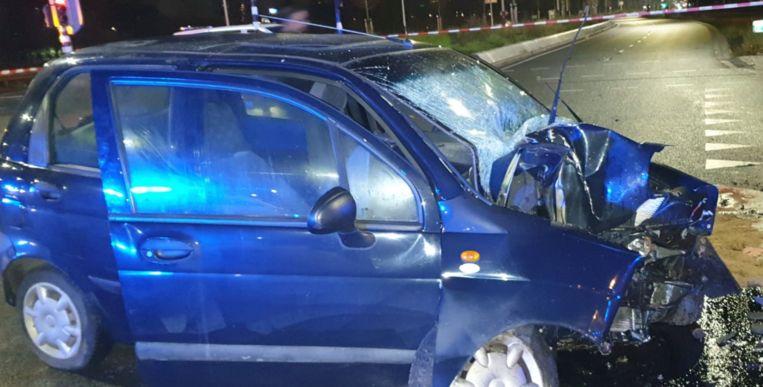 De auto is in beslag genomen voor onderzoek. Beeld Team Hoofdwegen Amsterdam