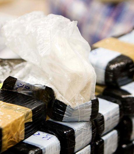 30-jarige vrouw wilde snel verdienen door 'iets weg te brengen voor iemand', maar kwam niet verder dan Ede met een kilo heroïne op zak