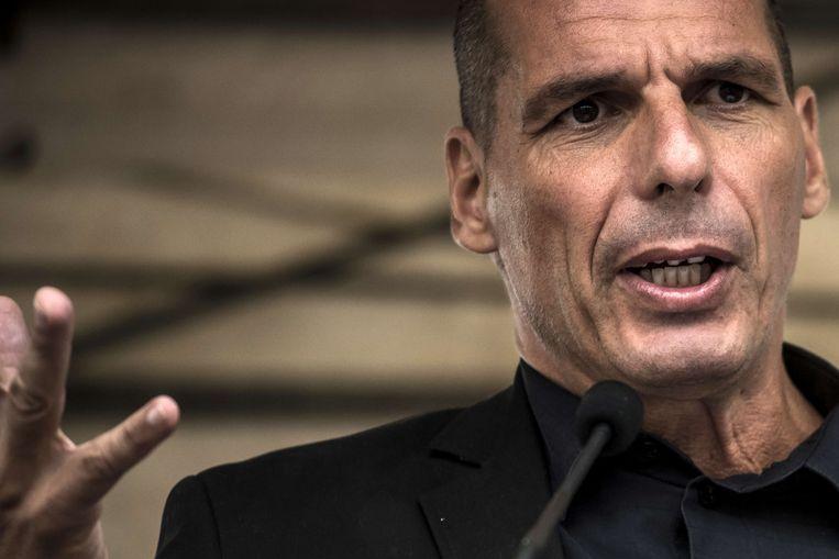 Varoufakis: 'Het Griekse besparingsplan werd gedicteerd door een obscure logica die lang geheim bleef: het was in feite een reddingsplan voor enkele Franse en Duitse banken.' Beeld AFP