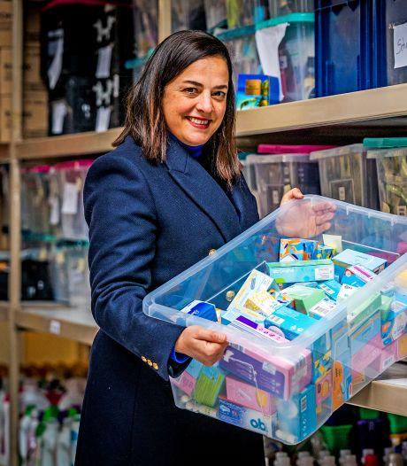 Rotterdam strijdt tegen menstruatie-armoede: 'Raar dat bij openbare toiletten geen tampons liggen'
