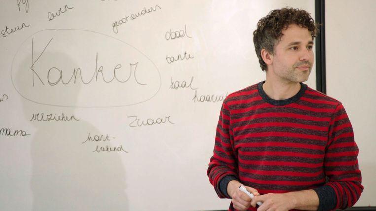 Vanavond mag Thomas Vanderveken het populaire programma 'De klas' in een nieuw jasje steken.