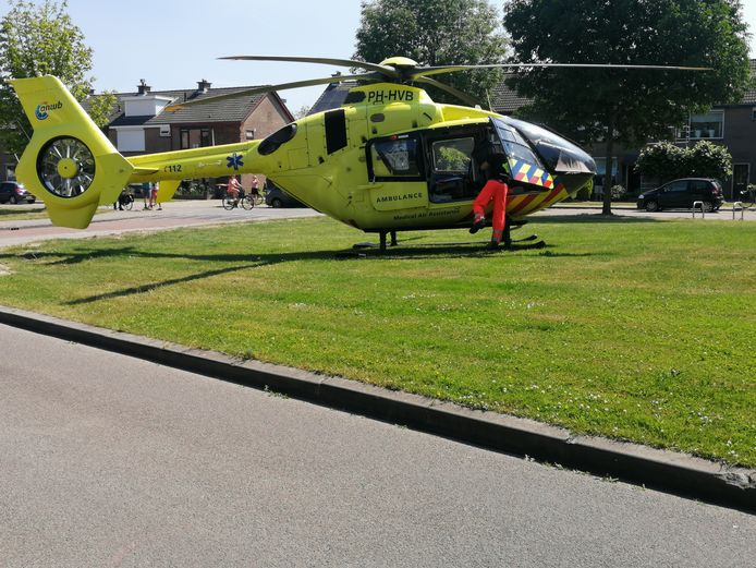 Hulpdiensten werden massaal ingezet, waaronder een traumahelikopter met aan boord een trauma-arts.