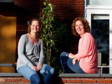 Buren Petra en Madelon houden op de eerste zaterdag van de maand altijd 'patatjesdag'