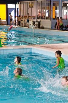 Geldropse wethouder Looijmans krijgt geen vaart in zwembadplan