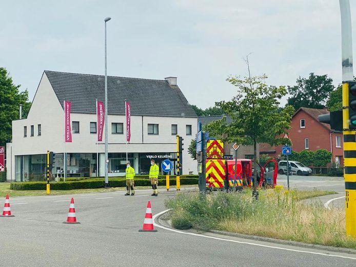 De weg werd volledig afgesloten voor het verkeer