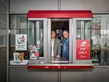 Van eenzame snackbar tot fastfood imperium: Zo legden deze broers de basis voor KFC in Nederland