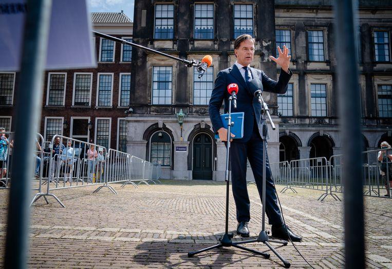 Fractieleider Mark Rutte (VVD) na afloop van een gesprek met informateur Mariëtte Hamer. Beeld Hollandse Hoogte /  ANP