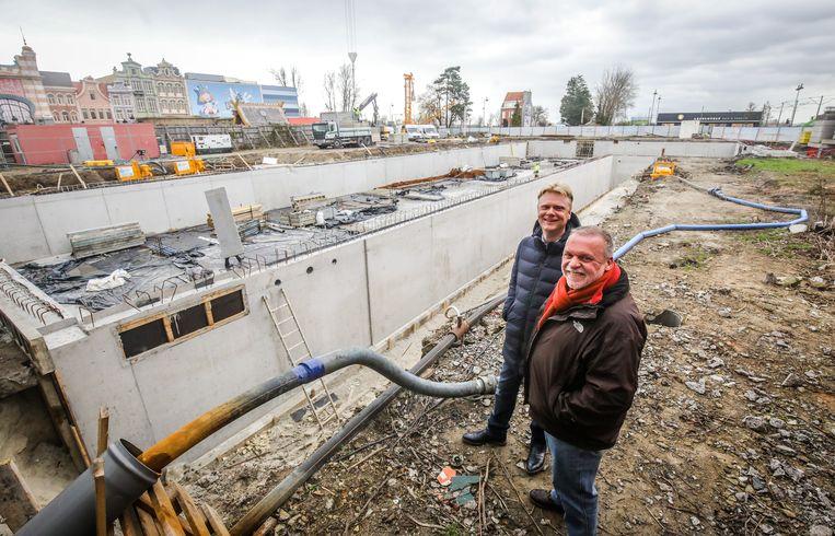 Hotel Plopsaland: Steve Van den Kerkhof en Luc Van Der Biest.